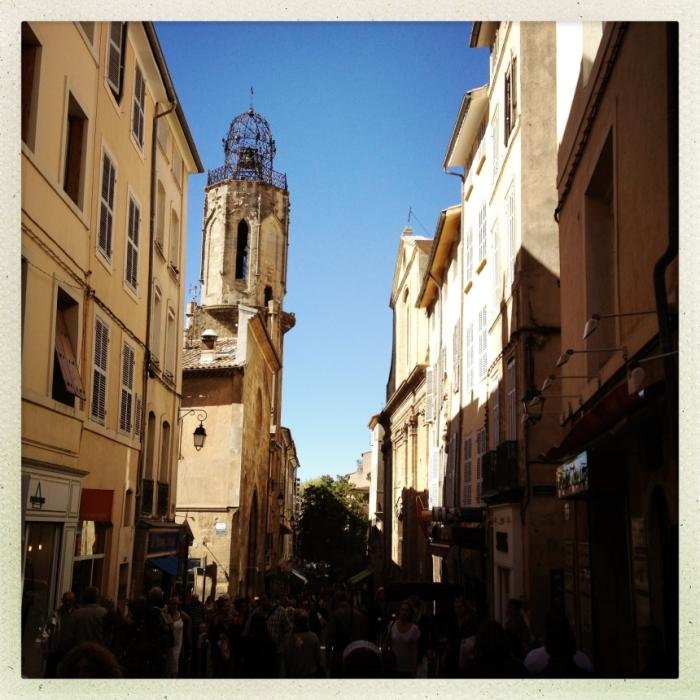 Hier spaziert Gott in Frankreich: die pittoresken Gassen der Provence.