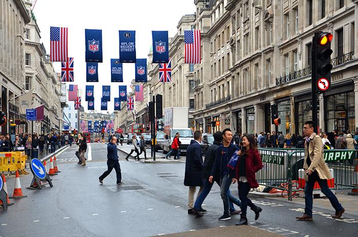 Die vielbesuchte Regent Street im Stadtzentrum von London
