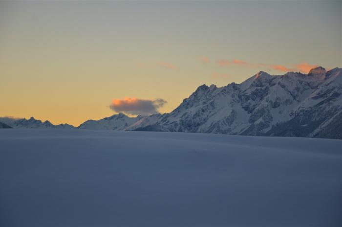 Sonnenuntergang hinter dem Tiroler Gletscher