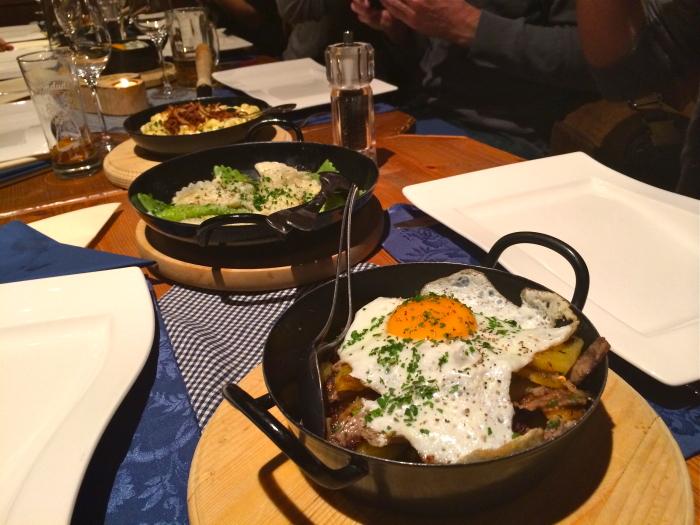 Abendessen nach dem Besuch des Tiroler Gletscher