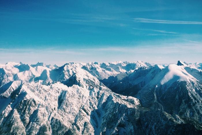 Die Berge in der Nähe des Innsbruck Airport