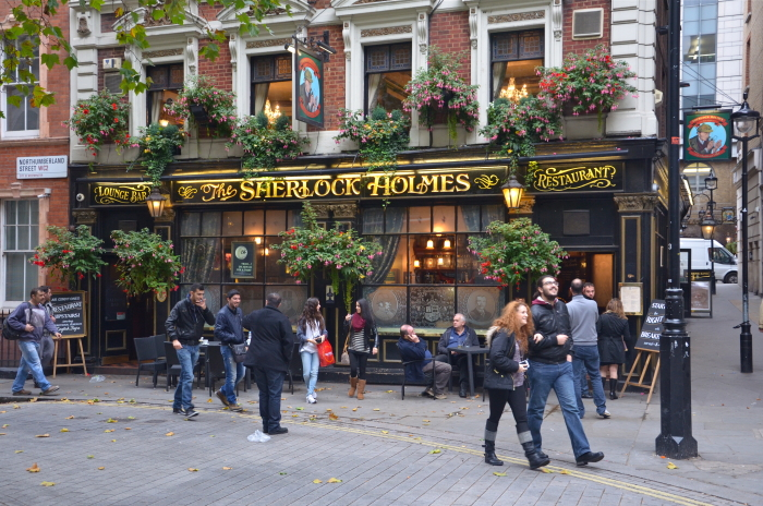London on a Budget: A pub in Central London