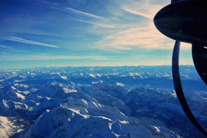 Die Alpen in der Nähe des Innsbruck Airport