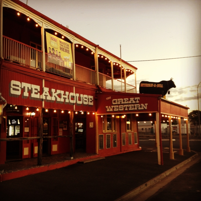 Backpacking Australien wie hier im Great Western Steakhouse in Rockhampton