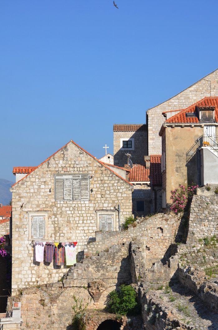 Walls_of_Dubrovnik_Houses
