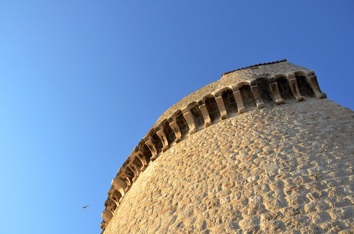 Walls_of_Dubrovnik_tower