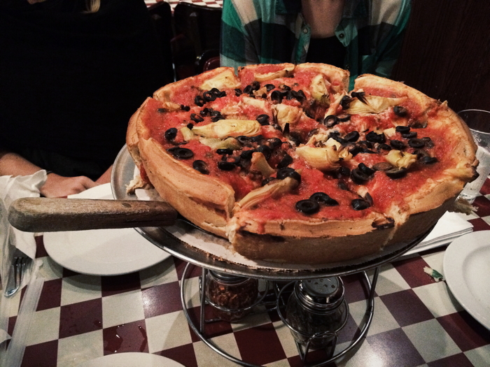 Anekdotique 2014 Travel Retrospective: A Deep Dish Pizza in Chicago