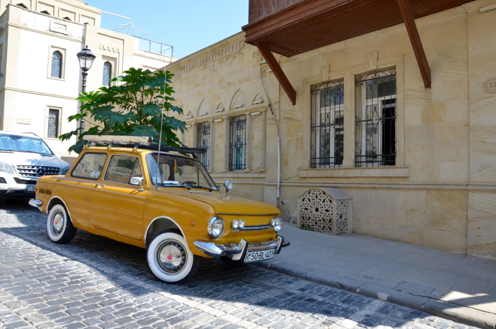 azerbaijan travel car