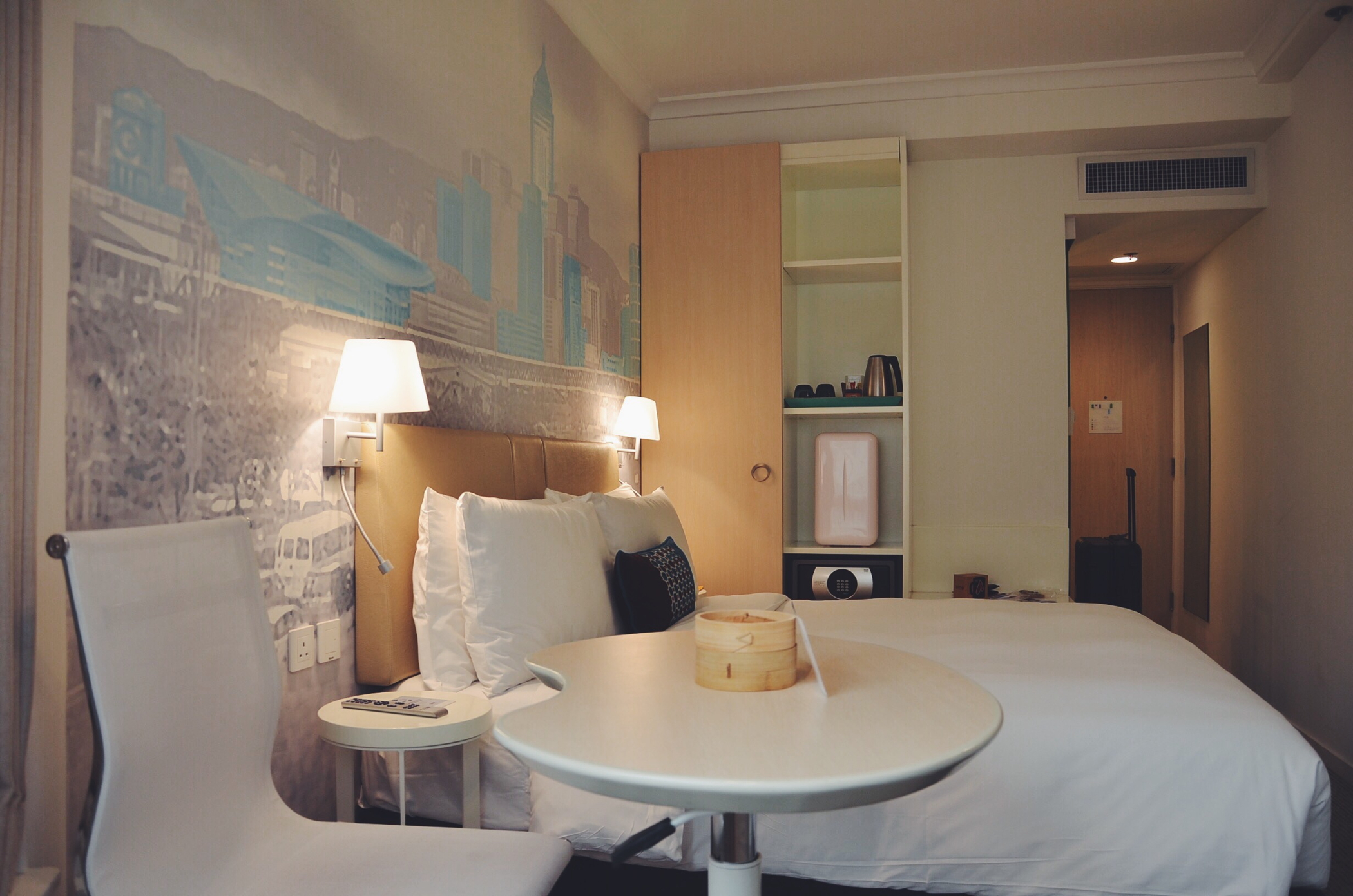 Where to stay in Hong Kong at Ozo Wesley