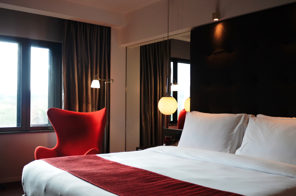 Where to stay in Hong Kong The Mira Hotel